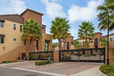 Oceanside Townhouse For Sale: 5065 Waterview Way #202