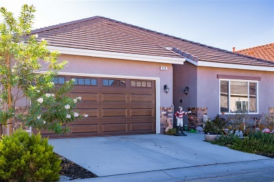 Riverside County Single Family Home For Sale: 828 St. Alban