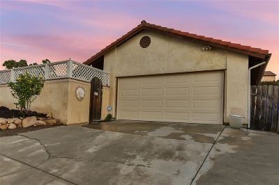 Oceanside Single Family Home For Sale: 4783 Elm Tree Drive