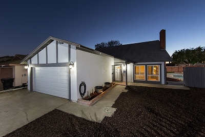 Single Family Home For Sale: 10184 Summerview Ct