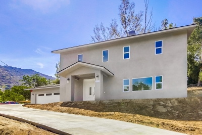 El Cajon Single Family Home For Sale: 836 Silverbrook Dr.