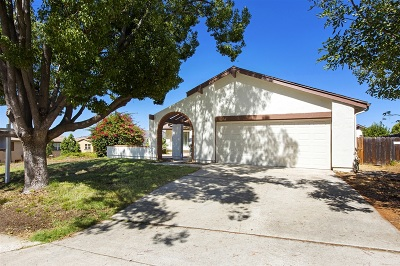 San Marcos CA Single Family Home For Sale: $485,000