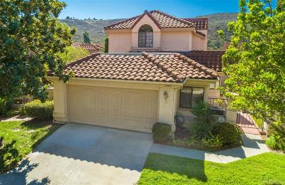 Vista Single Family Home For Sale: 29102 Laurel Valley