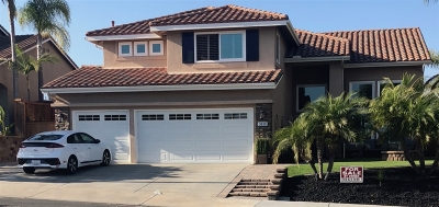 Oceanside Single Family Home For Sale: 3830 Sienna St