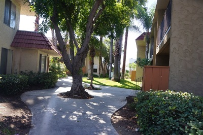 El Cajon Attached For Sale: 589 N Johnson #131