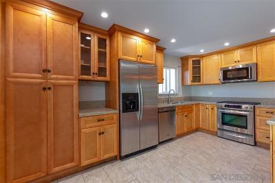 San Diego Single Family Home For Sale: 7866 Blackpool