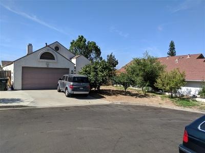 San Marcos Single Family Home For Sale: 523 Barnett Dr.