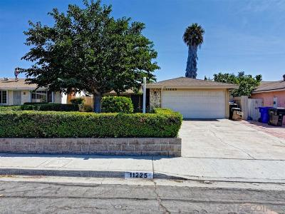 Single Family Home For Sale: 11225 Calle Dario