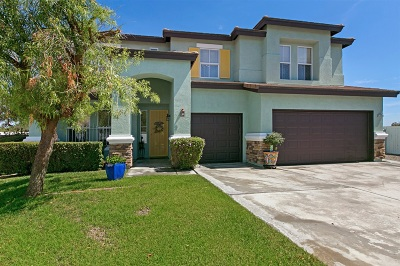Oceanside Single Family Home For Sale: 3720 Cypress Rd