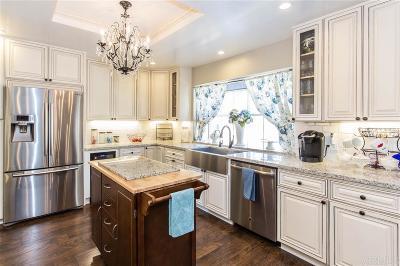 Fallbrook Single Family Home For Sale: 1604 Macadamia Dr