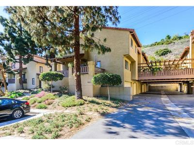 Mission Hills, Mission Hills/Hillcrest, Mission Valley Townhouse For Sale: 5838 Mission Center Road #C