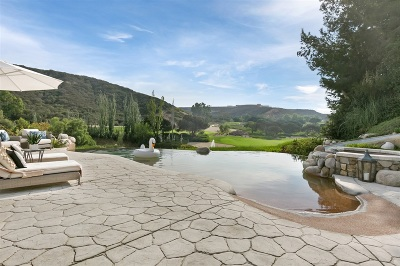 Rancho Santa Fe Single Family Home For Sale: 6185 Clubhouse Dr
