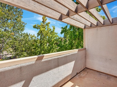San Diego Attached For Sale: 6212 Agee St #52
