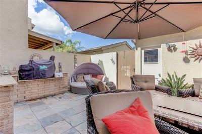 La Mesa Townhouse For Sale: 7700 Parkway Dr #43