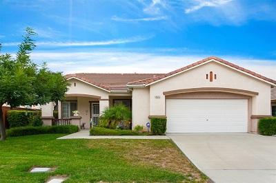 Oceanside Single Family Home For Sale: 4972 El Mirlo Dr