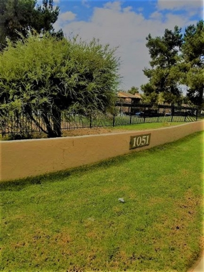 Attached For Sale: 1051 Rock Springs Rd #230