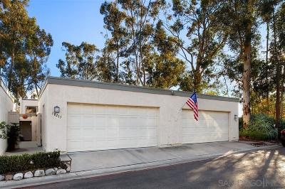 San Diego Attached Pending: 10211 Caminito Maguey