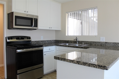 San Diego CA Attached For Sale: $338,000