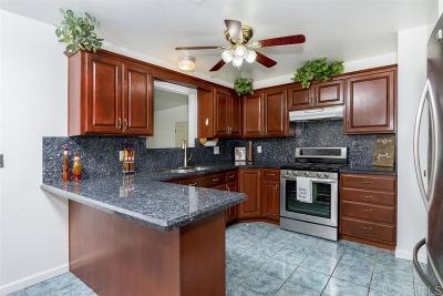 Oceanside Single Family Home For Sale: 165 Warner St