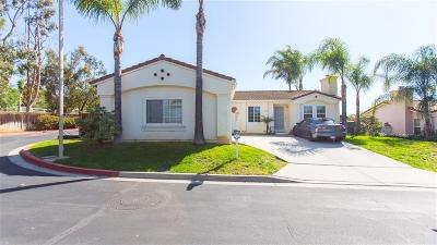 Vista Single Family Home For Sale: 2102 Verona Hills Ct.