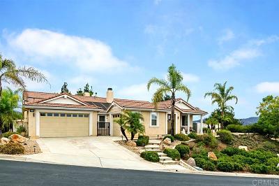 Escondido Single Family Home For Sale: 27755 Golden Leaf Pl