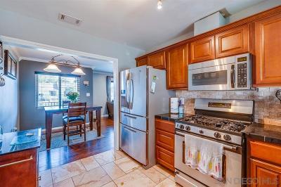 La Mesa Single Family Home For Sale: 6950 Alamo