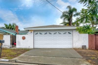 Oceanside Single Family Home For Sale: 1605 Grandview St