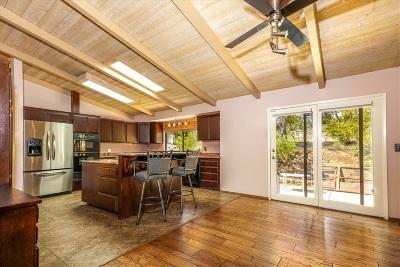 Fallbrook Single Family Home For Sale: 1858 Marymac Pl