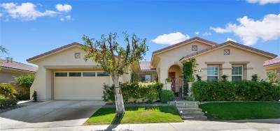 Riverside County Single Family Home For Sale: 90 Via San Marco