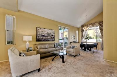 Vista Single Family Home For Sale: 2068 Bravado