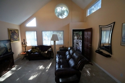Vista CA Attached For Sale: $335,000