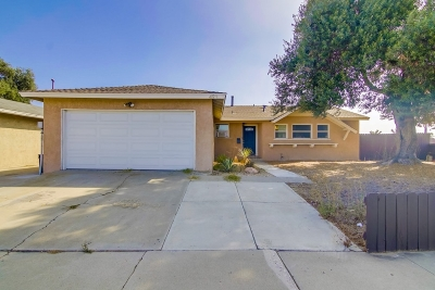 San Diego Single Family Home For Sale: 493 Briarwood Rd.