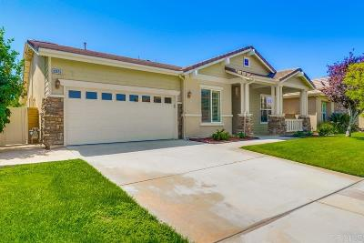 Temecula Single Family Home For Sale: 33659 Blue Water Way