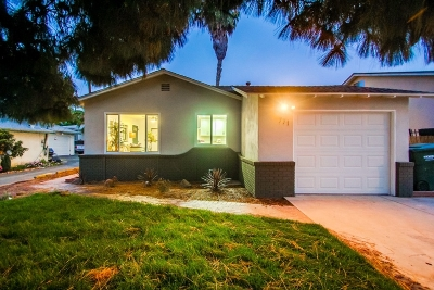 Vista Single Family Home For Sale: 771 N Citrus Ave