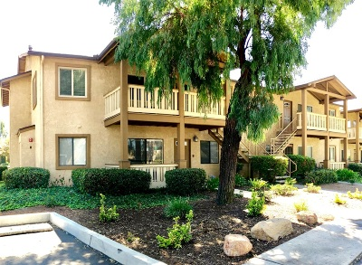 Attached For Sale: 1423 Graves Ave #205
