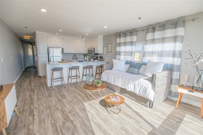 Pacific Beach, Pacific Beach Sail Bay, Pacific Beach, North Pacific Beach, Pacific Beach/Crown Point Attached For Sale: 4667 Ocean Blvd. #314