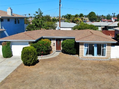 San Diego Single Family Home For Sale: 6144 Lorca Dr