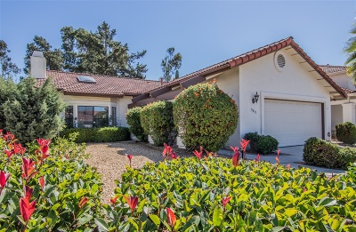 Rancho Bernardo Single Family Home For Sale: 11833 Calle Vivienda