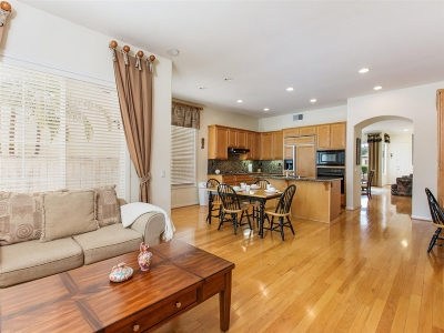 Carlsbad Single Family Home For Sale: 6473 Goldenbush Dr