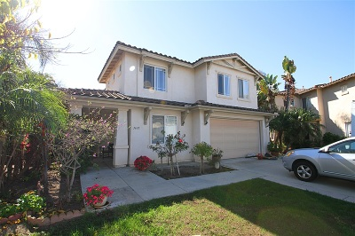 Carlsbad Single Family Home For Sale: 3630 Contour Pl