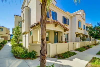 Chula Vista Townhouse For Sale: 1673 Dunlin #2