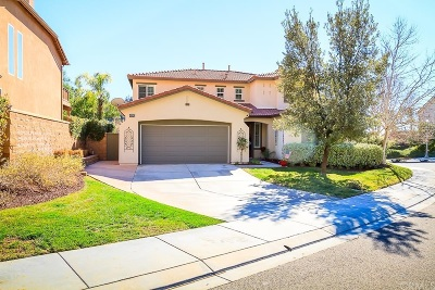 Riverside County Single Family Home For Sale: 26503 Chamomile St