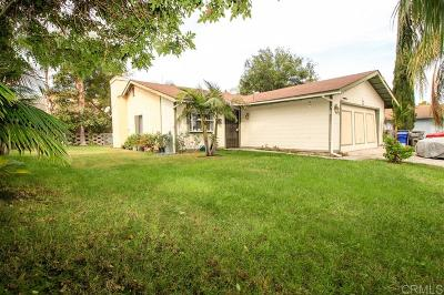 Vista Single Family Home For Sale: 321 East Dr #A