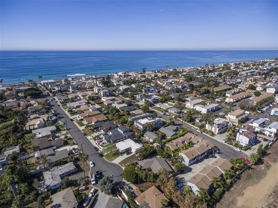 Carlsbad Single Family Home For Sale: 360 Redwood Ave