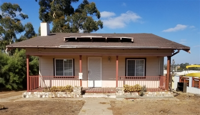 San Diego Single Family Home For Sale: 5316 Roswell