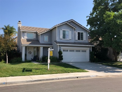Riverside County Single Family Home For Sale: 39224 Sugarcane Drive