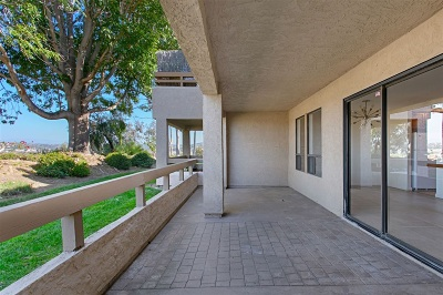 Carlsbad Attached For Sale: 1944 Swallow Ln