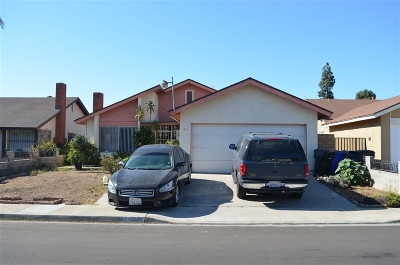 San Diego Single Family Home For Sale: 3412 Robb Roy Pl
