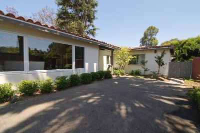 La Jolla Single Family Home For Sale: 2445 Hidden Valley Road