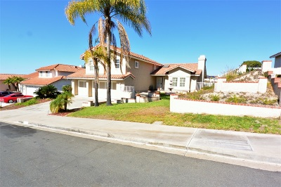 Bonita Single Family Home For Sale: 1741 Sunny Crest Lane